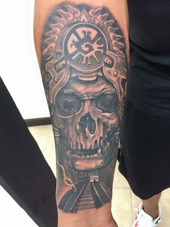 Black and Gray Skull Tattoo - Firme Copias