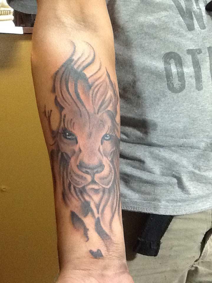 San Antonio Lion Flame Tattoo by Rone - Firme Copias