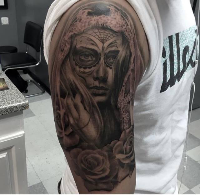 Lady Custom Tattoo in San Antonio - Firme Copias
