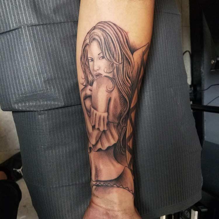 Lady Custom Tattoo - Firme Copias - Top tattoo parlor in San Antonio